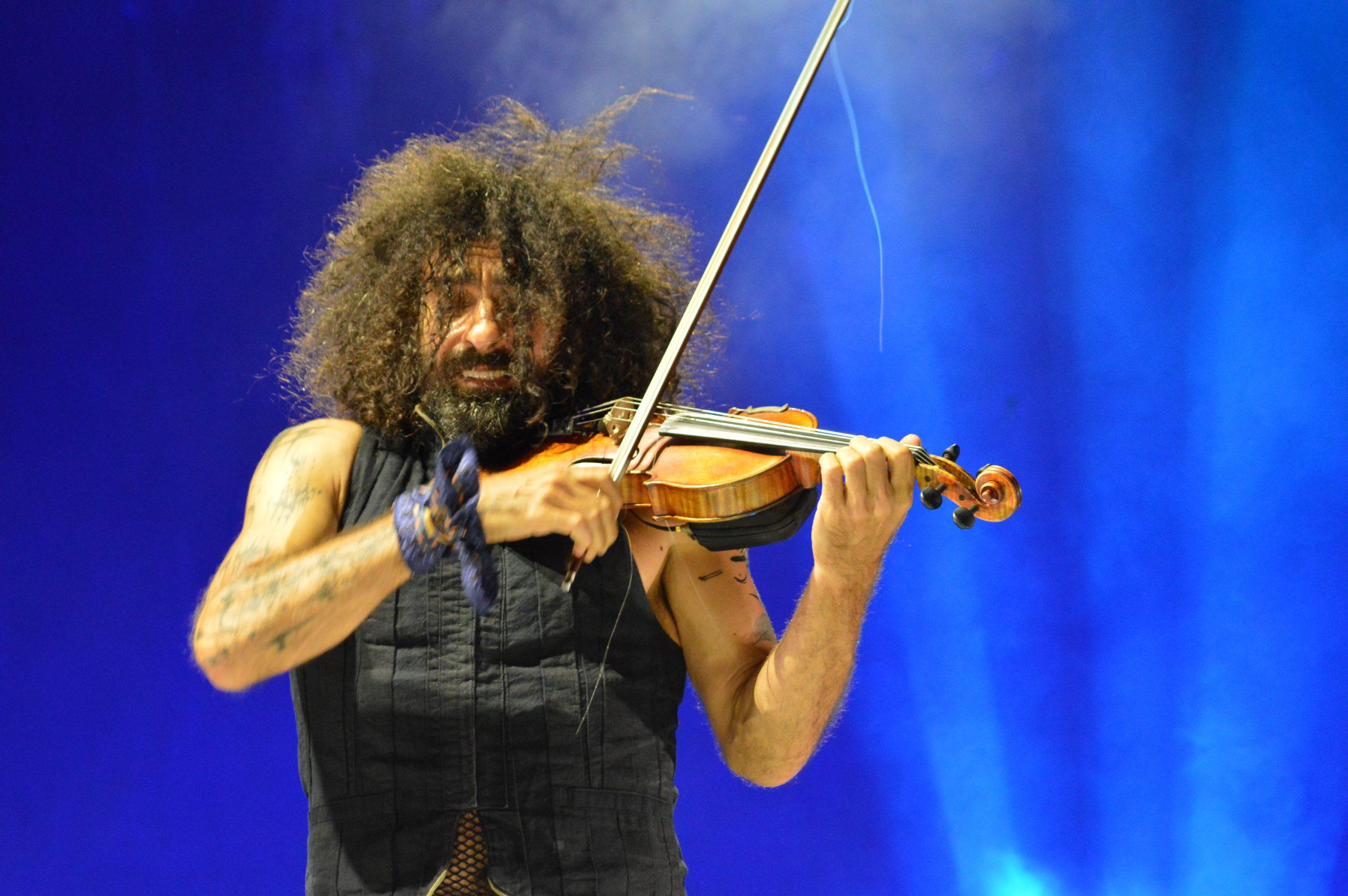 Ara Malikian emociona en su regreso a Ponferrada demostrando una vez más su virtuosismo con el violín 17
