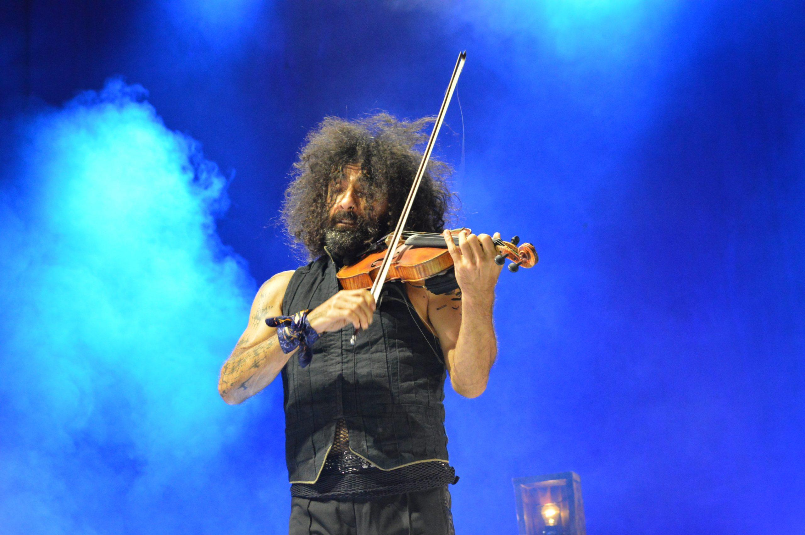 Ara Malikian emociona en su regreso a Ponferrada demostrando una vez más su virtuosismo con el violín 18