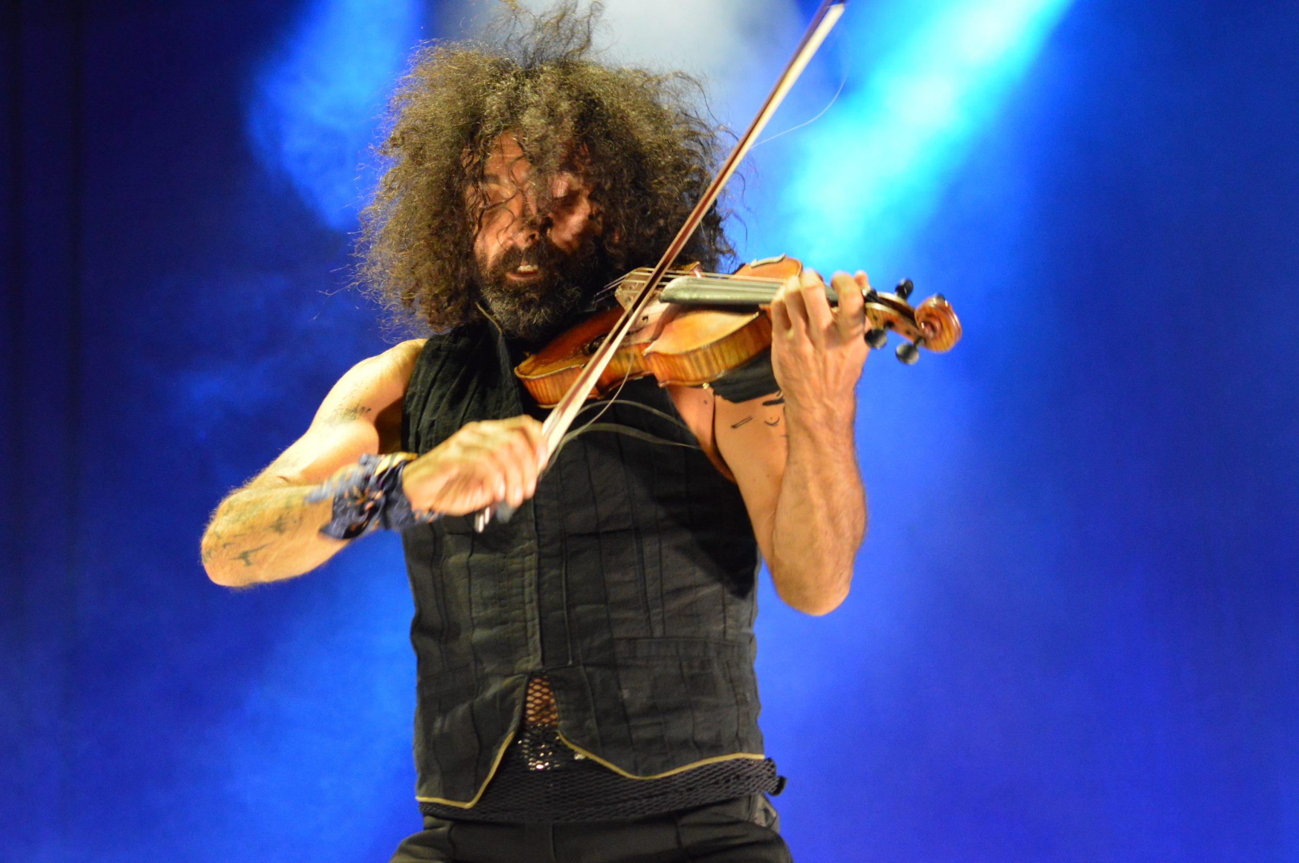 Ara Malikian emociona en su regreso a Ponferrada demostrando una vez más su virtuosismo con el violín 19
