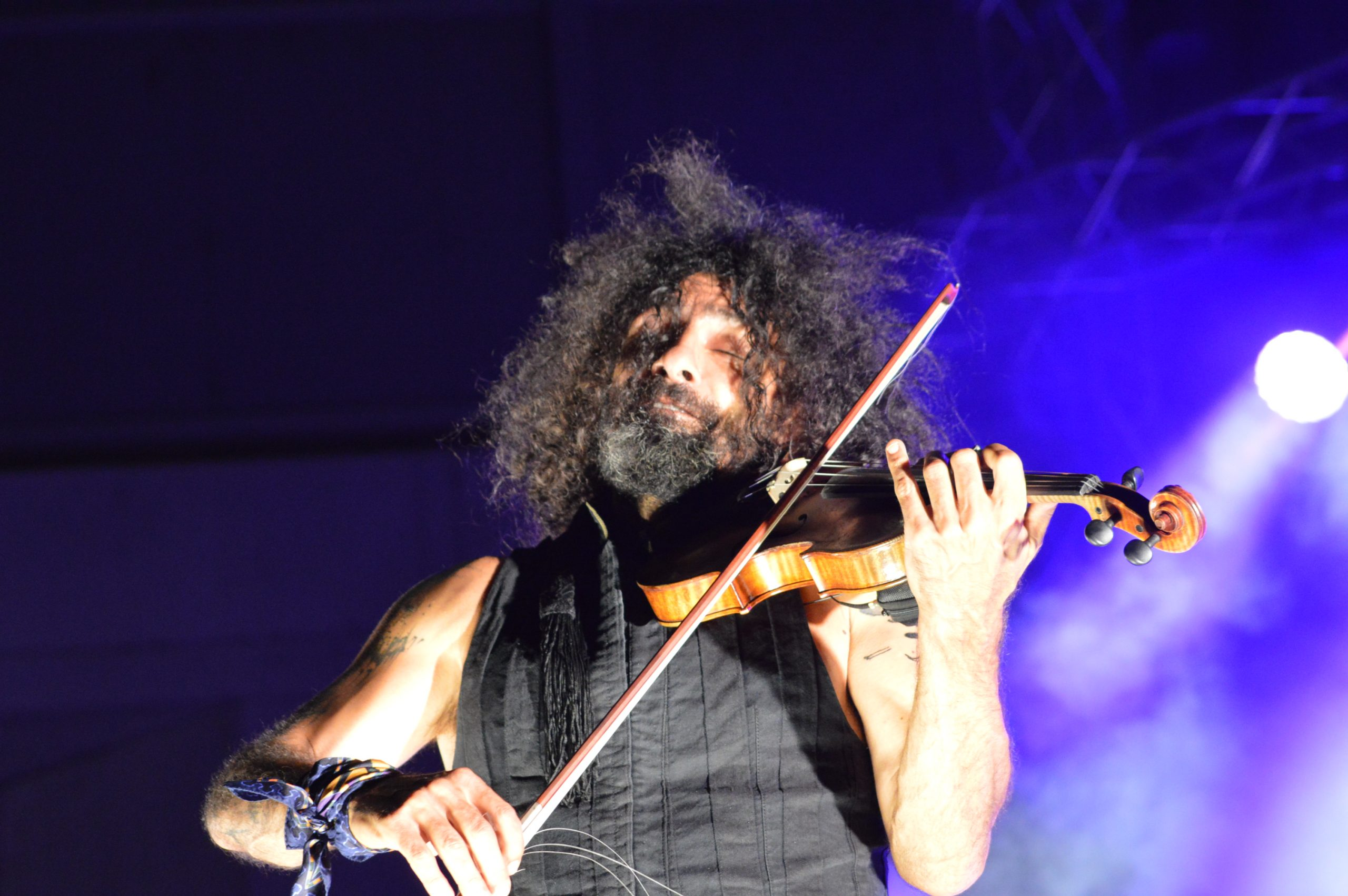 Ara Malikian emociona en su regreso a Ponferrada demostrando una vez más su virtuosismo con el violín 26