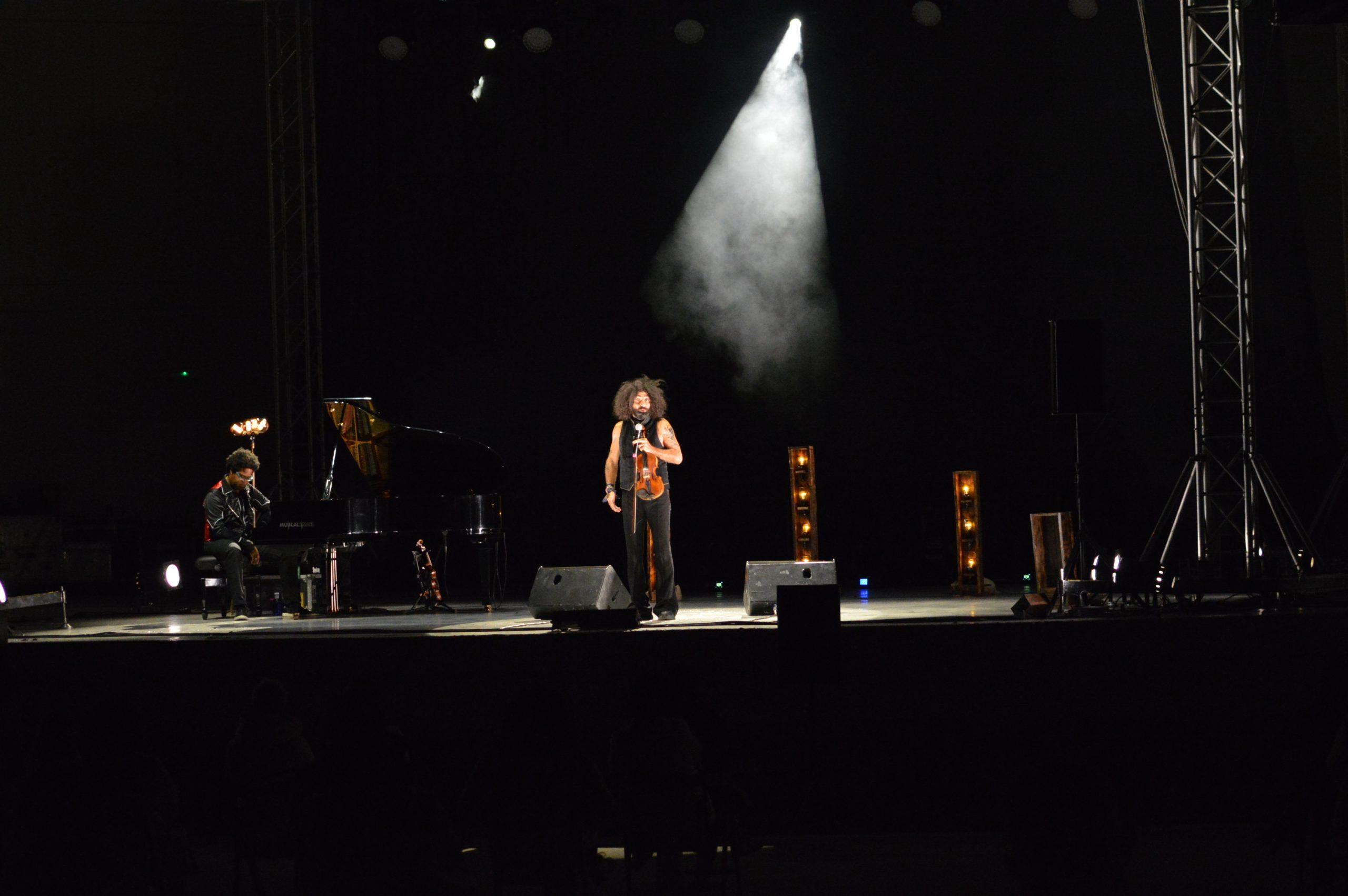 Ara Malikian emociona en su regreso a Ponferrada demostrando una vez más su virtuosismo con el violín 28
