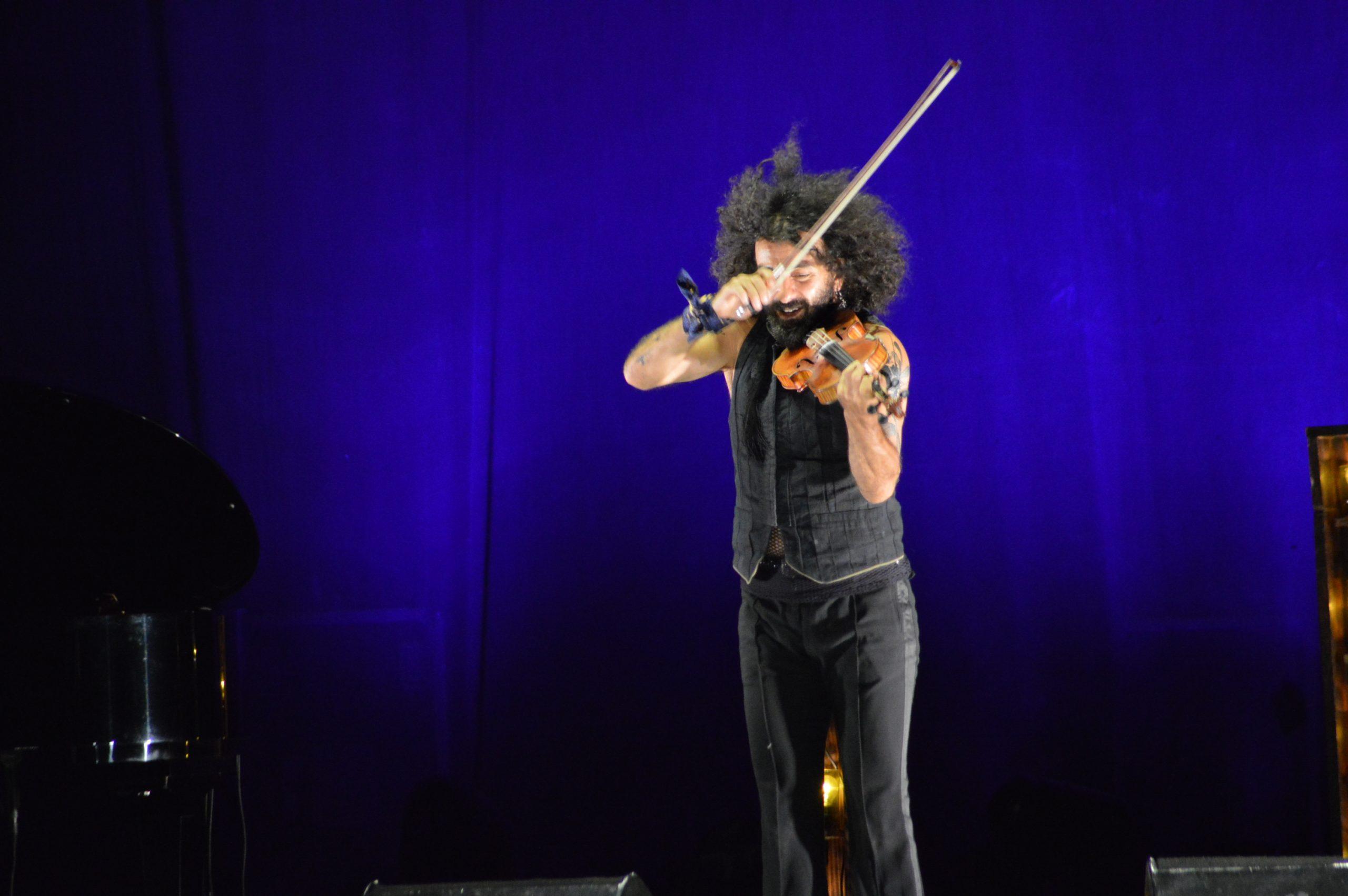 Ara Malikian emociona en su regreso a Ponferrada demostrando una vez más su virtuosismo con el violín 29