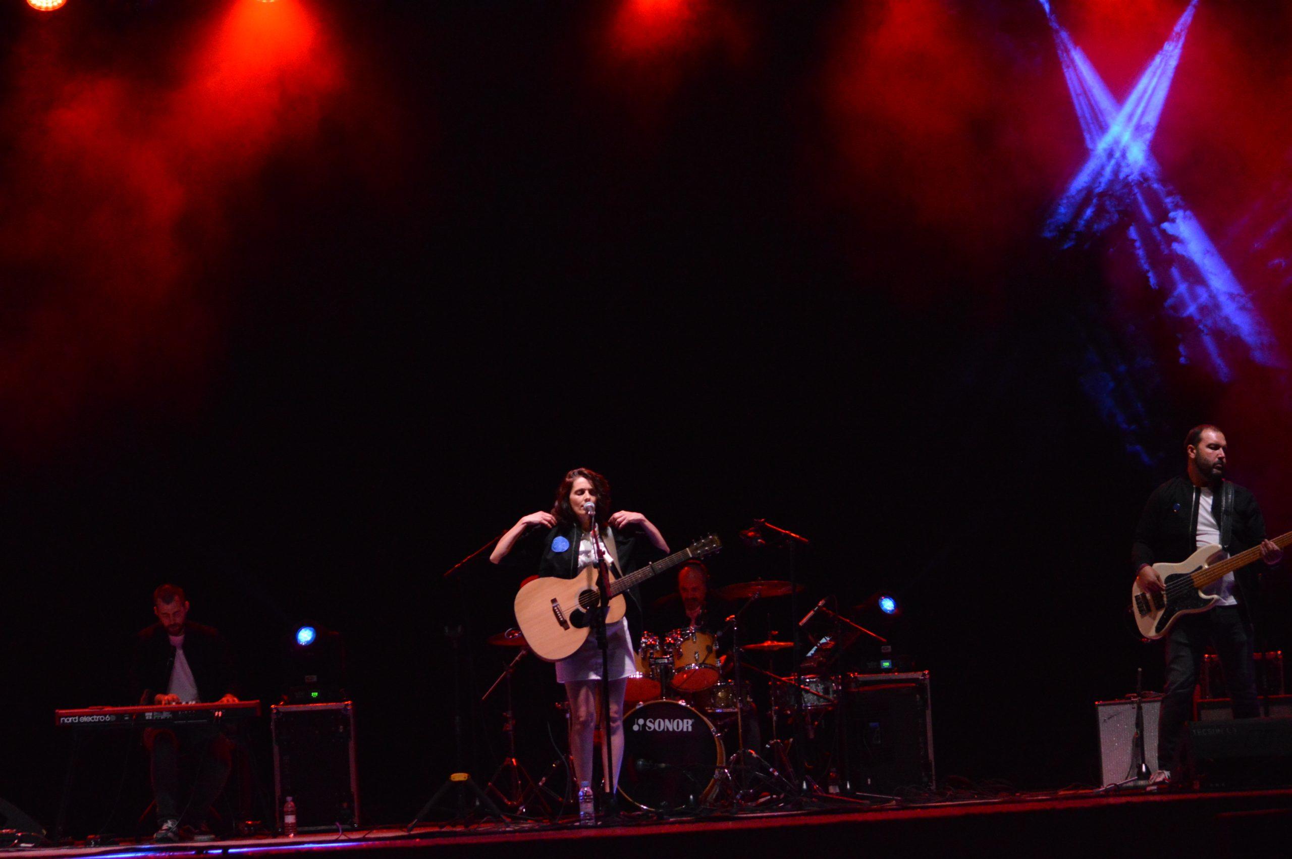 Fotogalería de los 'Conciertos de verano 2020' en Ponferrada: Cía Campillo y Smokey Blue 13