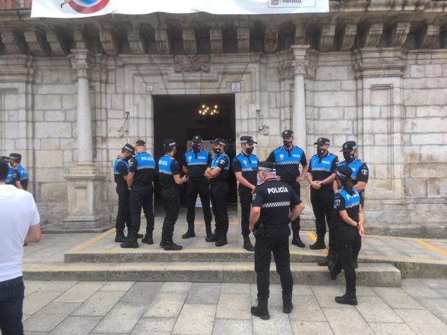 Ponferrada incorpora a 18 nuevos policías municipales a su plantilla alcanzando los 69 efectivos que llegarán a 85 en 2022 2