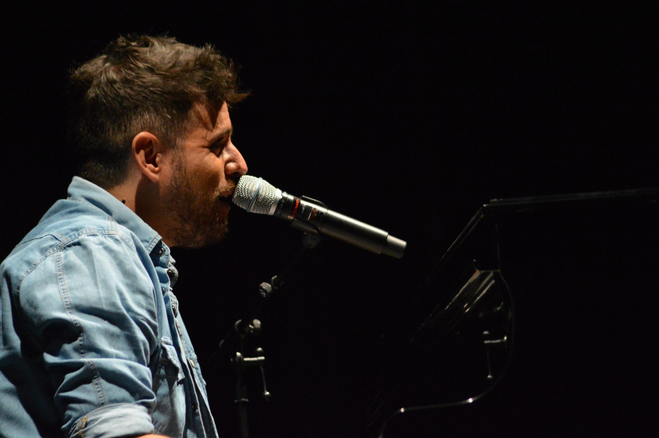 La gira 'López, piano y voz' de Pablo López pone el broche final a las fiestas de la Encina que nunca hubiéramos querido vivir 12