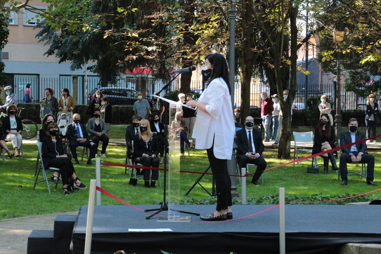 El emotivo homenaje a las victimas y a las personas que lucharon contra la pandemia se celebra con una llamada a la responsabilidad 9