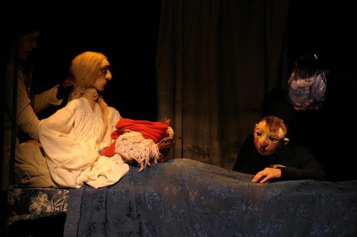 El castillo de Cornatel presenta este domingo el espectáculo 'No te asuste mi nombre' una adaptación de un cuento tradicional 1