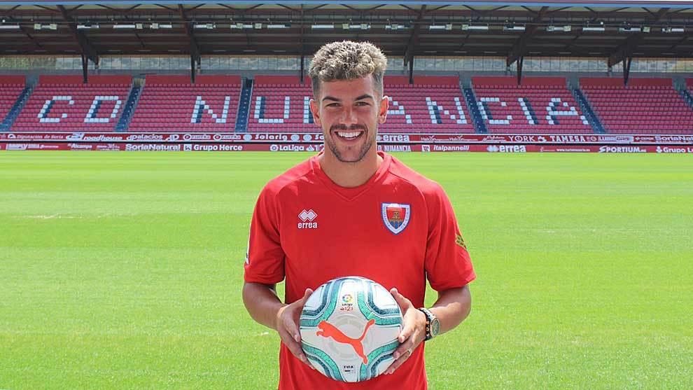 Curro Sánchez, nuevo jugador de la SD Ponferradina 1