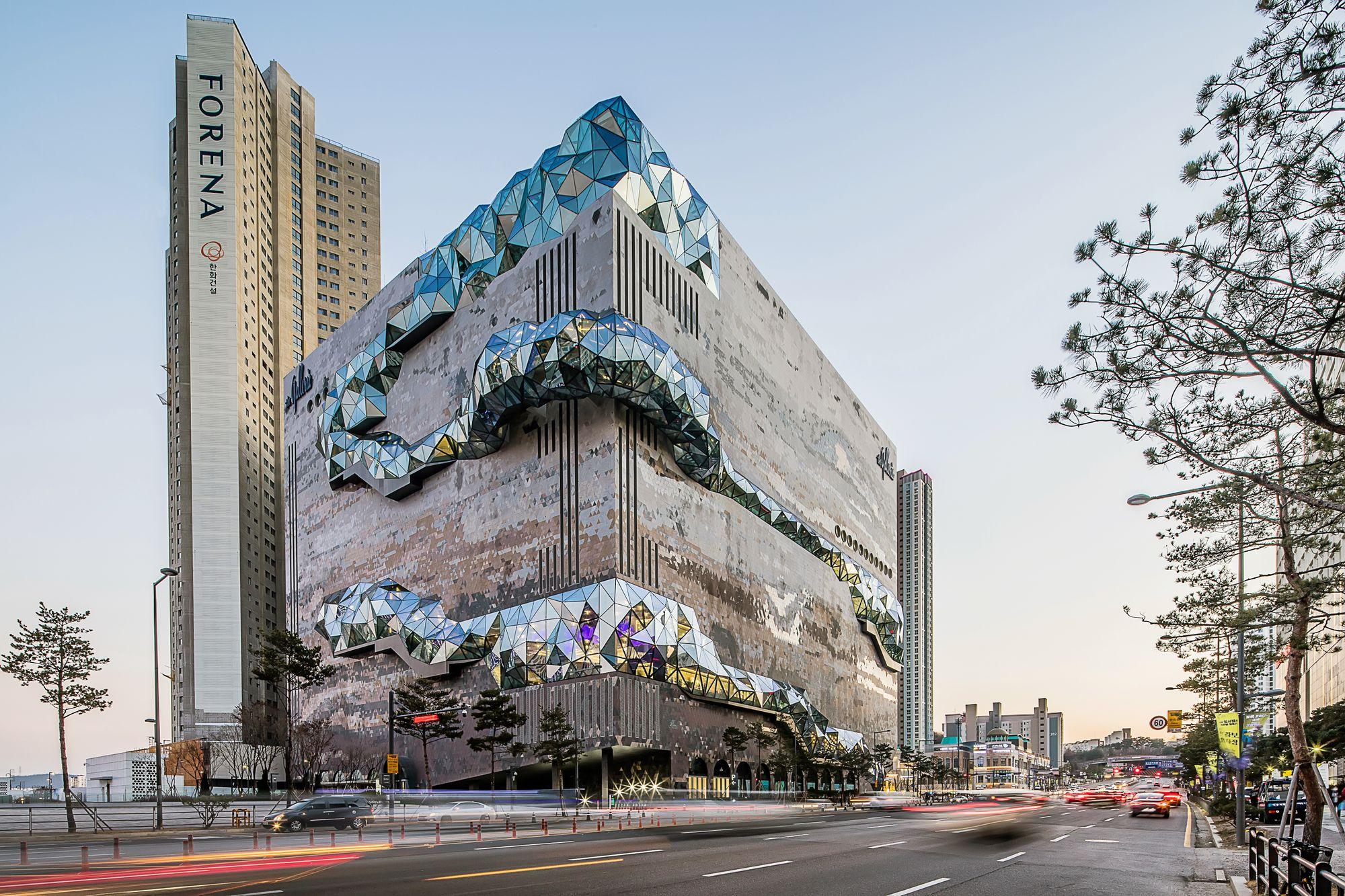 El increíble edificio en Corea que integra el vidrio berciano fabricado en Tvitec 1