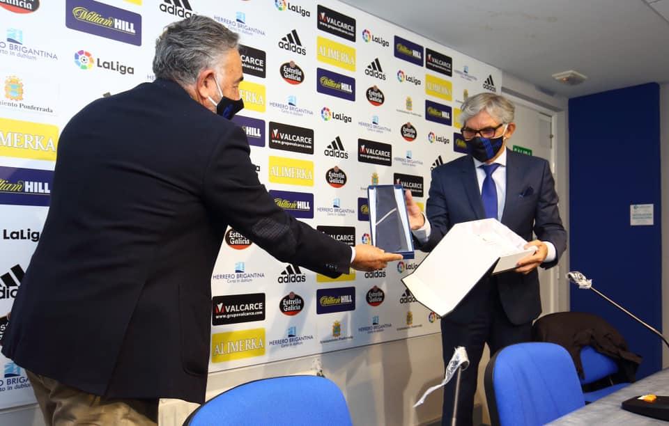 Eduardo Fernández, el histórico portero de la Ponferradina será el embajador honorario del Club 1