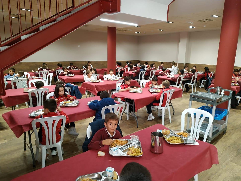 El histórico Salón de Actos del Colegio Diocesano San Ignacio se reinaugura hoy totalmente adaptado a los nuevos tiempos 6