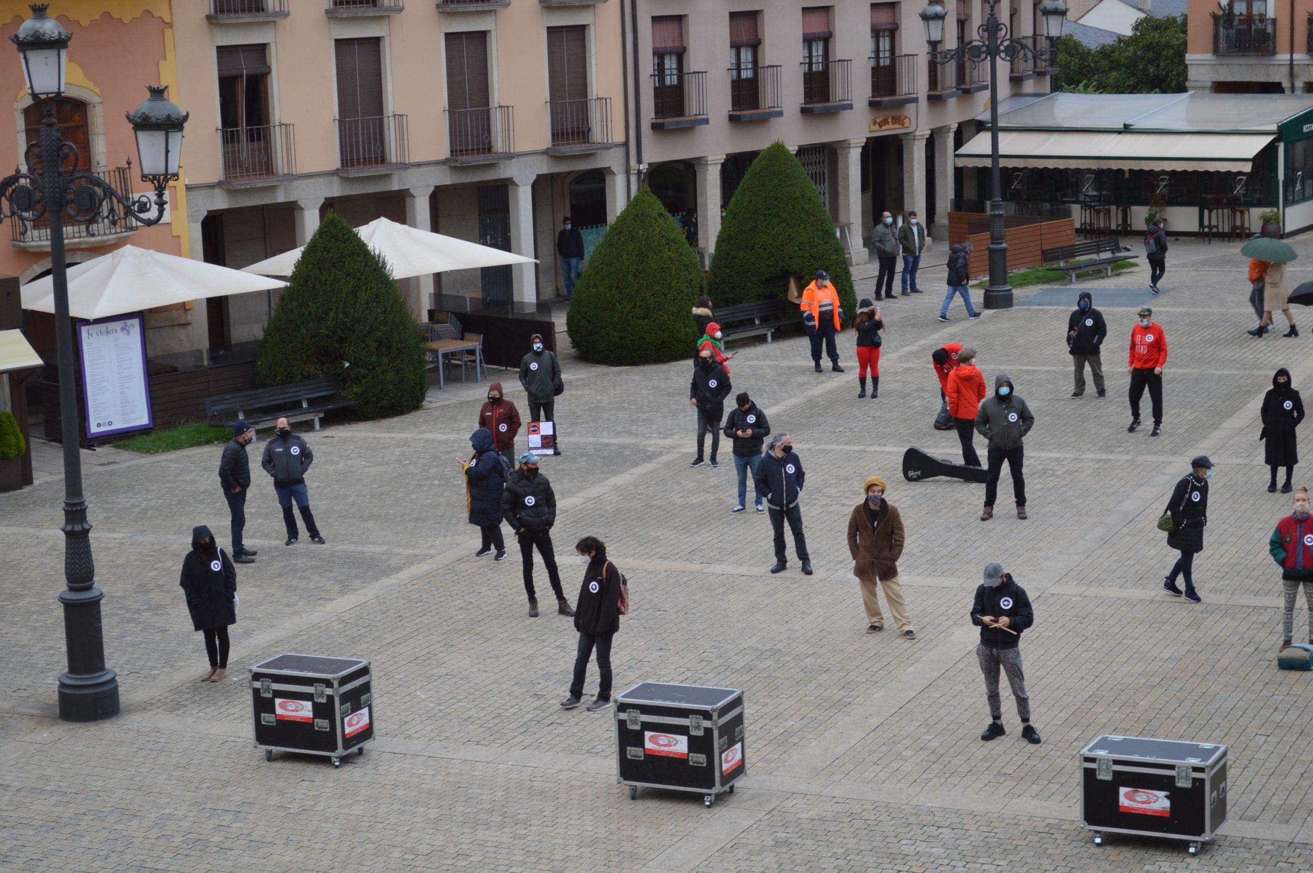 VÍDEO #Alertarojabierzo reivindica los derechos de la cultura y los eventos 23