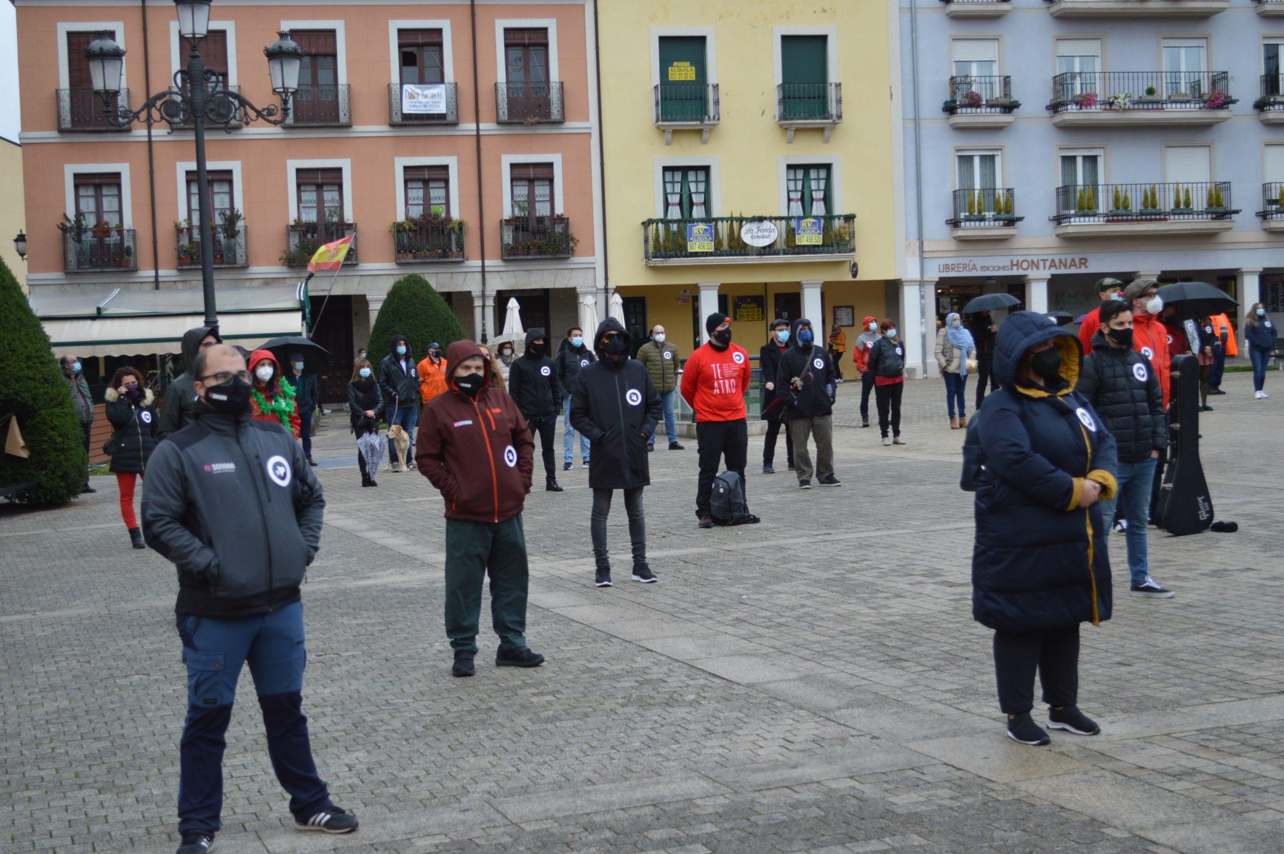 VÍDEO #Alertarojabierzo reivindica los derechos de la cultura y los eventos 12