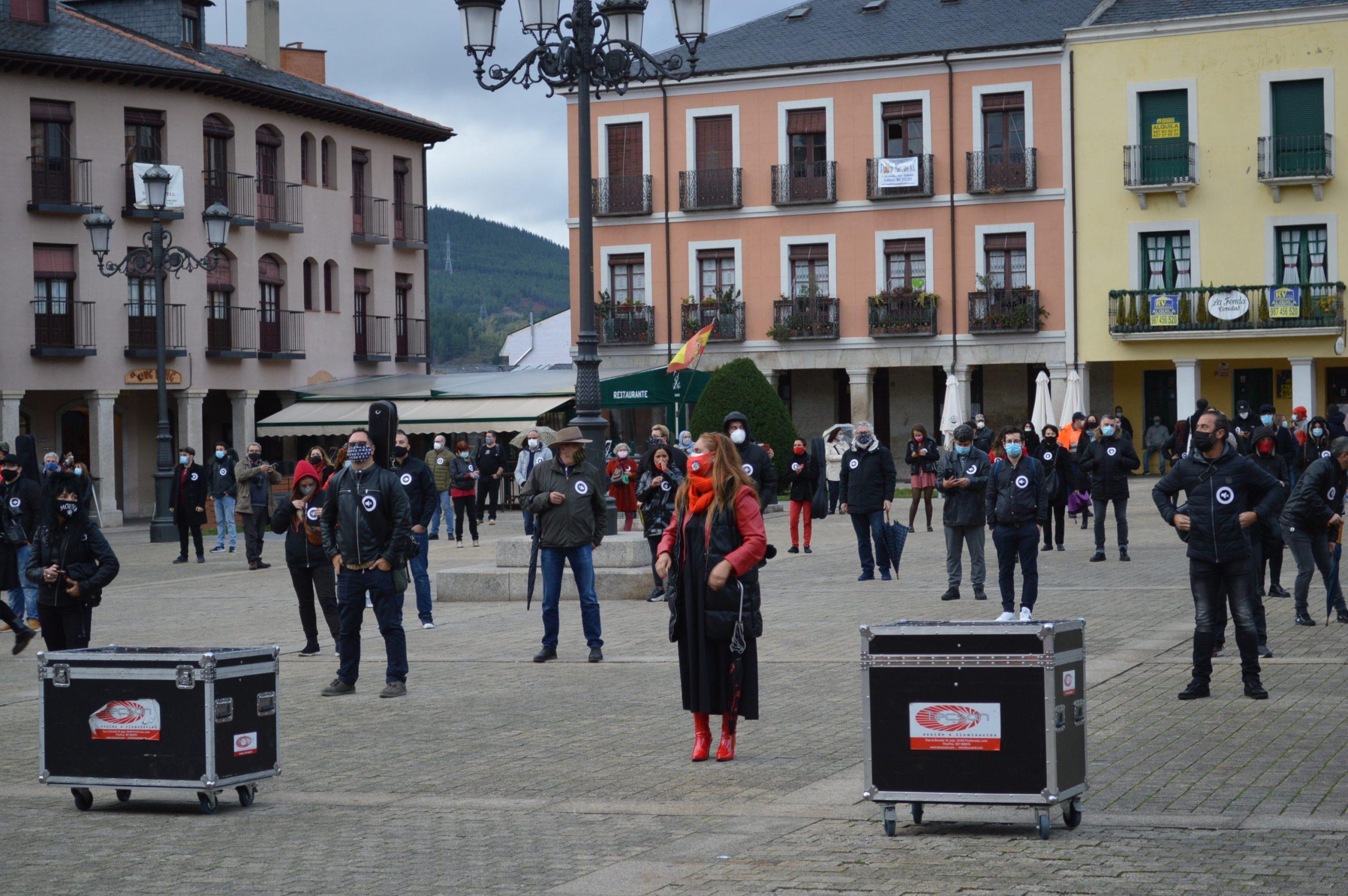 VÍDEO #Alertarojabierzo reivindica los derechos de la cultura y los eventos 2