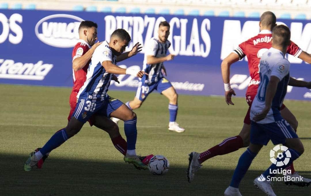 La Ponferradina no se adapta a las ausencias y lo paga en el resultado ante un sólido Cartagena (2-0) 6
