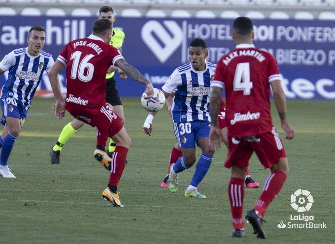 La Ponferradina no se adapta a las ausencias y lo paga en el resultado ante un sólido Cartagena (2-0) 8