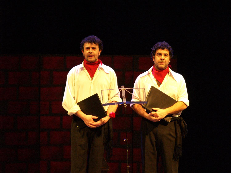 Los Clowns MOFA & BEFA actúan este viernes en el Cine Faba de Cacabelos 1