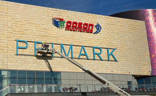 Primark ultima los detalles para su apertura el Centro Comercial Espacio León 2