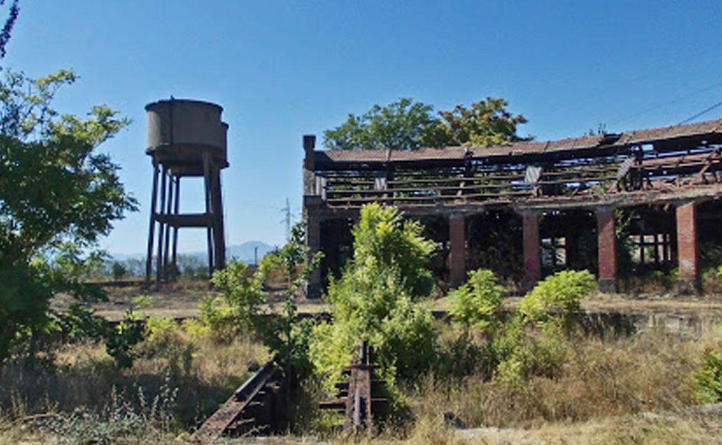 El Complejo ferroviario de La Placa entra  en la lista roja de Patrimonio por su avanzado estado de deterioro y peligro de desaparición. 1