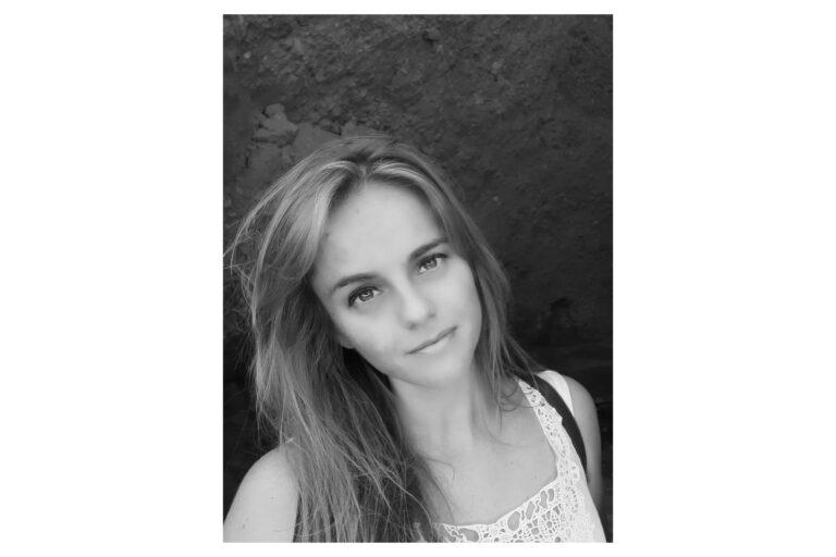 La ponferradina Nuria Prieto participa en el libro 'Hoy es mañana' 1