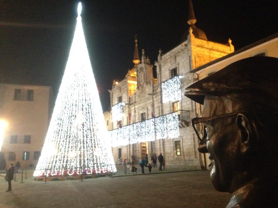 La Asociación Templarium, partidaria de la iluminación navideña en el centro de Ponferrada 1