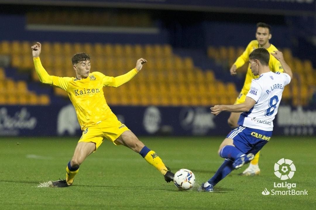 La Ponferradina se lleva los tres puntos en el Santo Domingo en un soporífero partido (1-0) 7