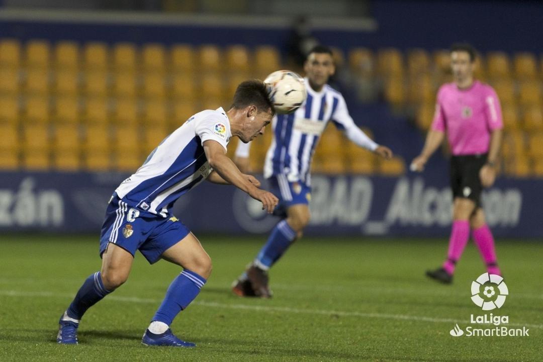 La Ponferradina se lleva los tres puntos en el Santo Domingo en un soporífero partido (1-0) 11