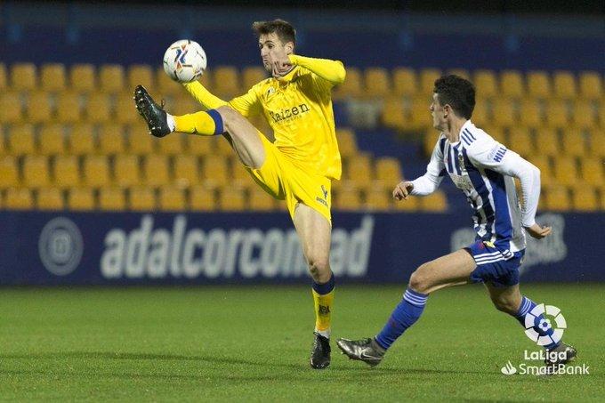La Ponferradina se lleva los tres puntos en el Santo Domingo en un soporífero partido (1-0) 2