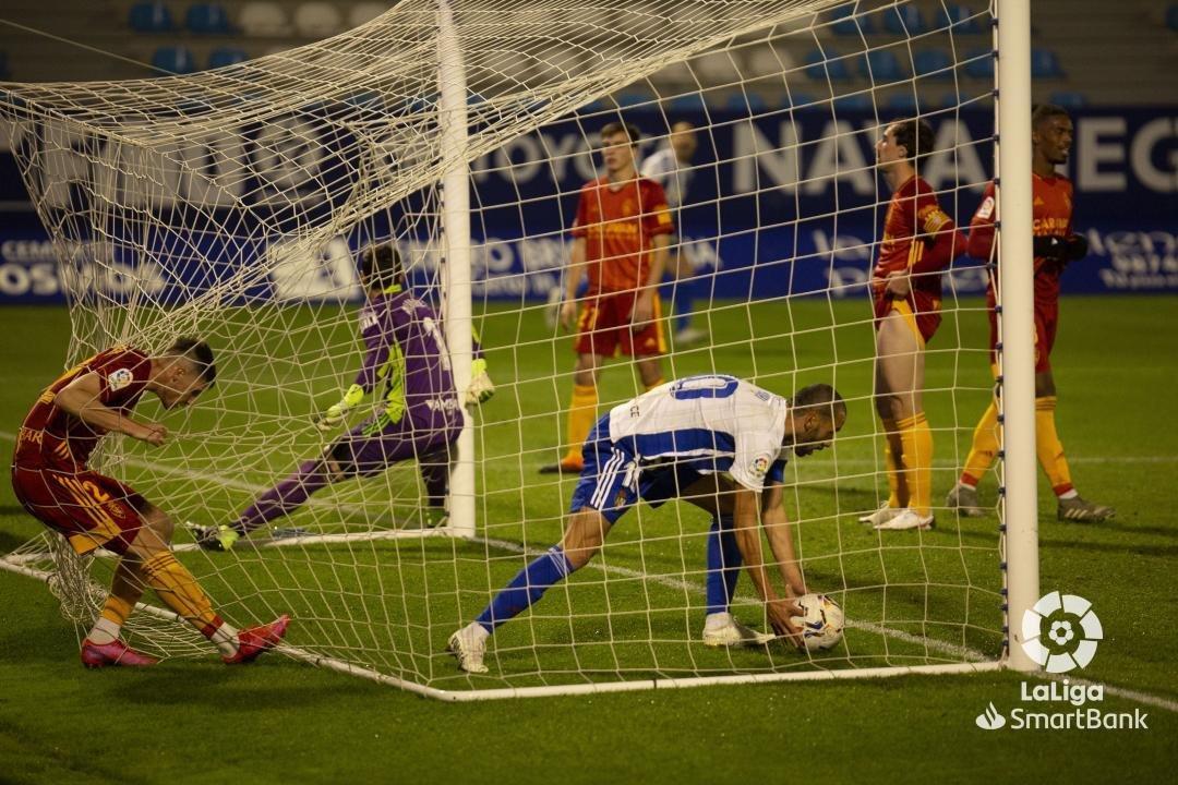 La Ponferradina remonta desde la esquina (2-1) 1