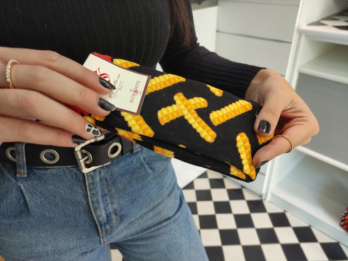 Ponferrada entra de lleno en el Black Friday y el centro recibe a 'My Funky Socks' una desenfadada tienda de calcetines 3