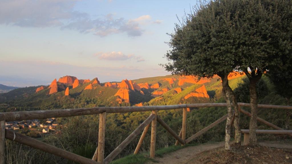 La Casa del parque de Las Médulas organiza una excursión guiada por la ruta del Reirigo 1