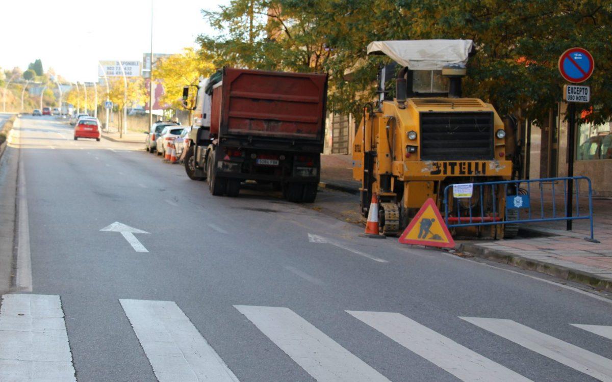 Ponferrada inicia las obras de pavimentación de diversos tramos de la Avenida de Astorga 1
