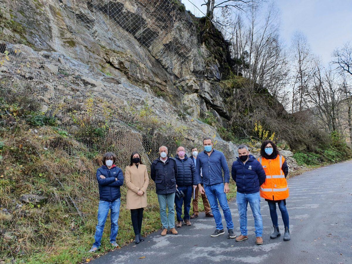 La Diputación invierte 231.134 euros en renovar el firme de la travesía de Toral de los Vados y la estabilización de taludes en tres carreteras de El Bierzo 1