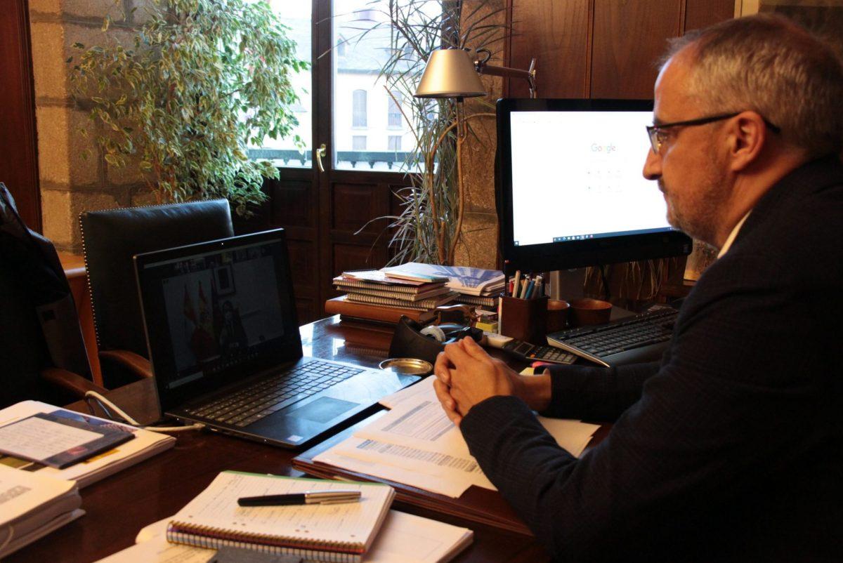 Olegario Ramón reclama a Mañueco toda la celeridad posible en las ayudas a los sectores afectados por los cierres obligados de negocios 1