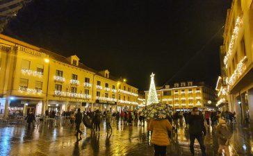 Astorga inunda las redes sociales con su iluminación 10