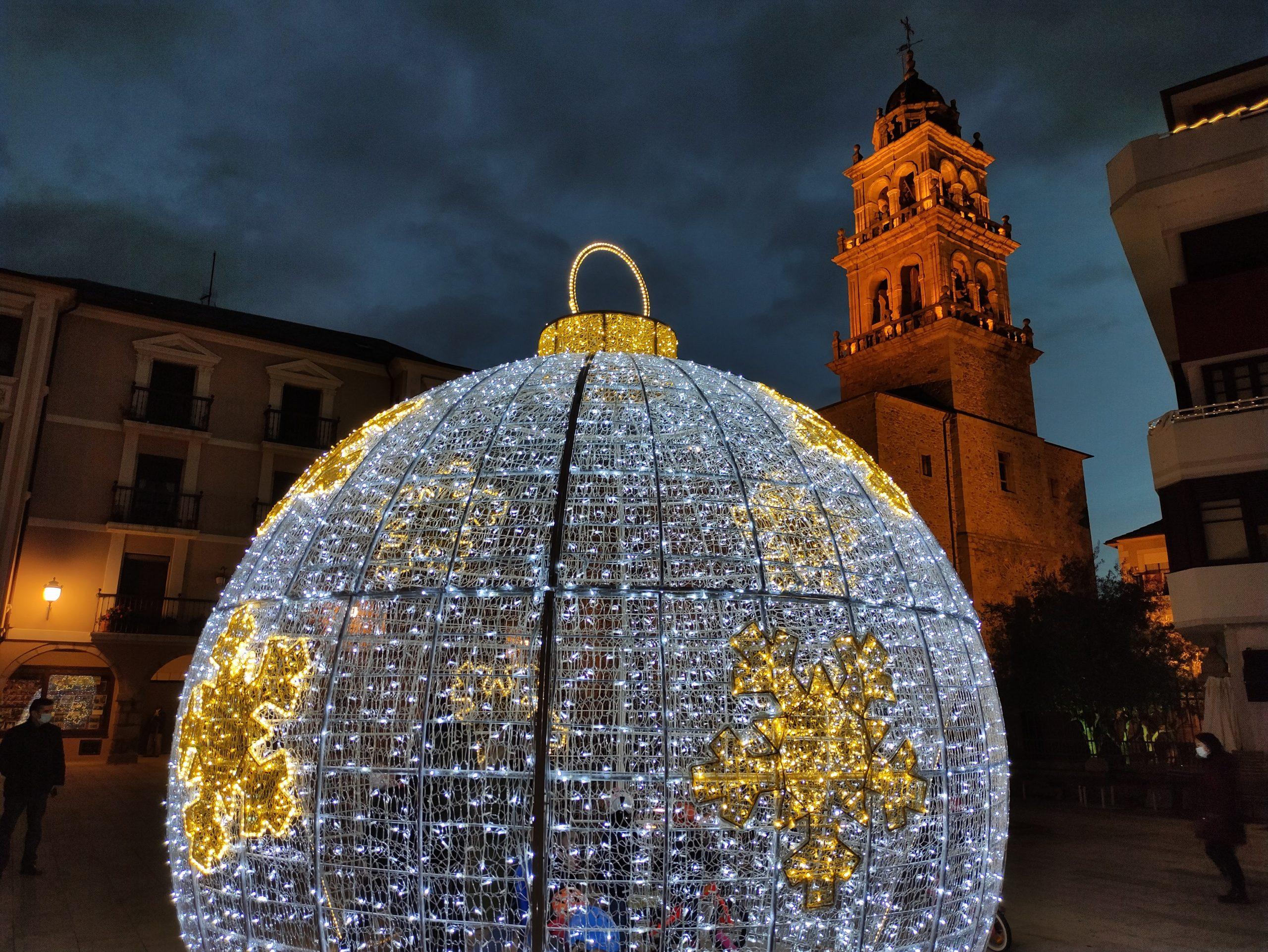 Fotogalería: Ponferrada ilumina la Navidad 2020 1
