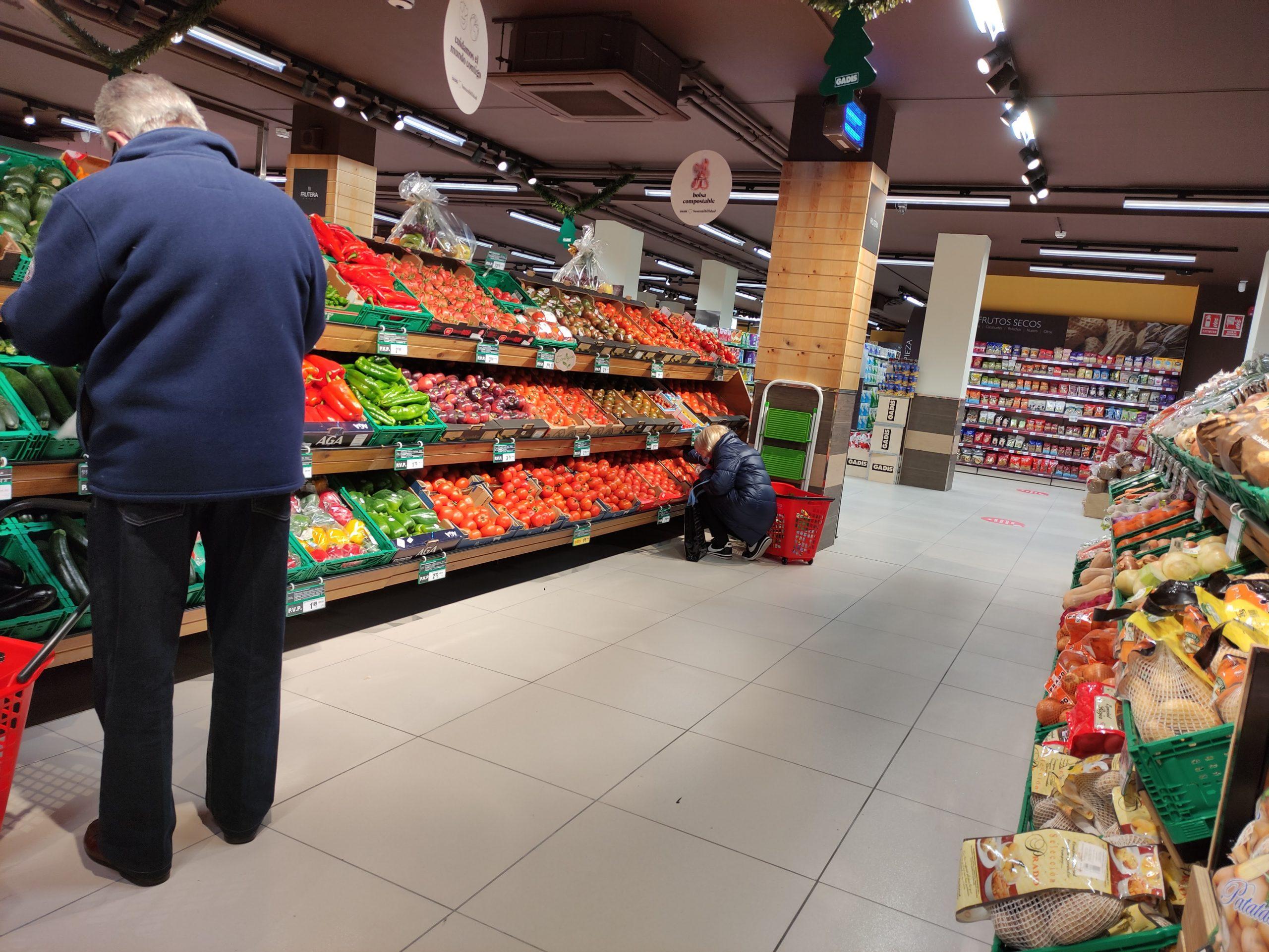 El Supermercado GADIS de la Calle Ancha reabre en Ponferrada, ampliando la superficie de venta 4