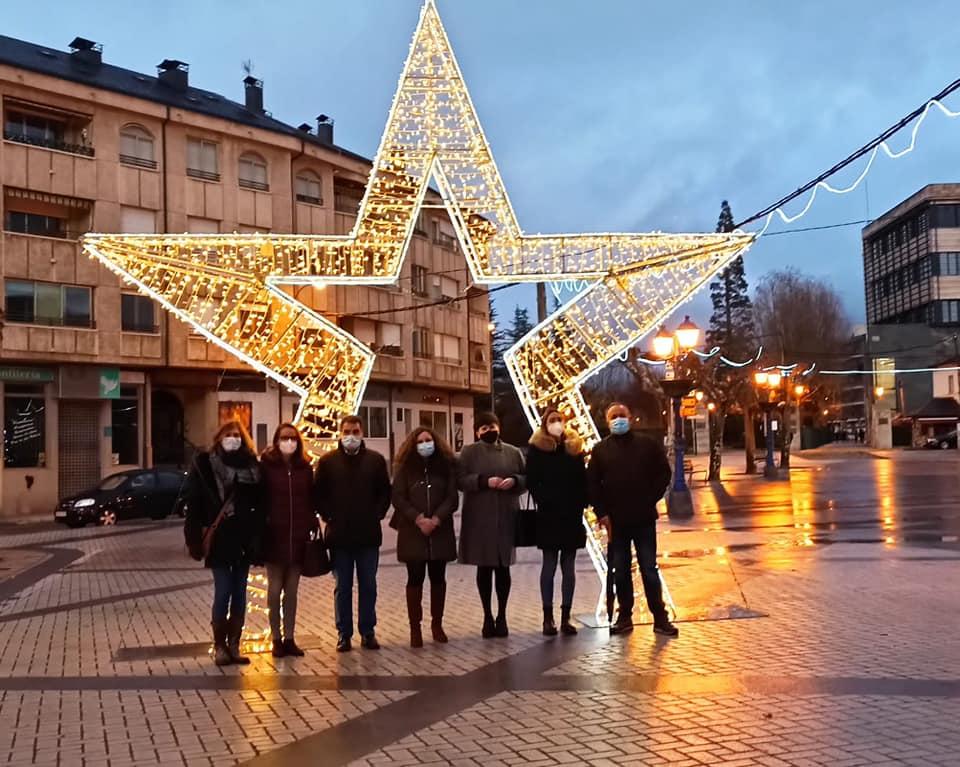 Camponaraya, Cacabelos y Bembibre ya lucen la Navidad 2020 1