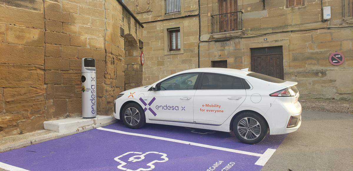 Endesa X instala cargadores de vehículo eléctrico en Los Pueblos más Bonitos de España 2
