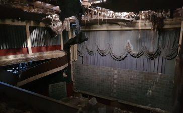 Ponferrada recibe mañana los dos proyectores de carbones del emblemático Cine Adriano 7