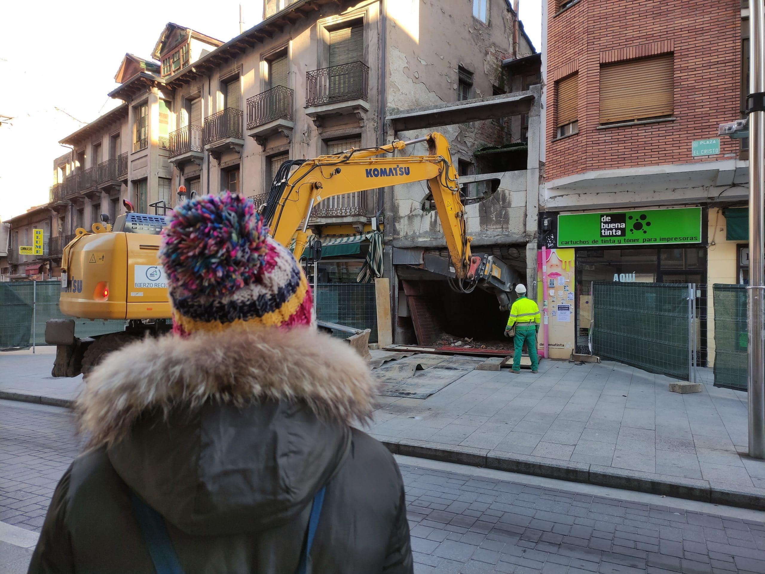 VÍDEO | Ponferrada dice adiós al Teatro Adriano, el penúltimo cine de la 'ciudad del Dólar' 1