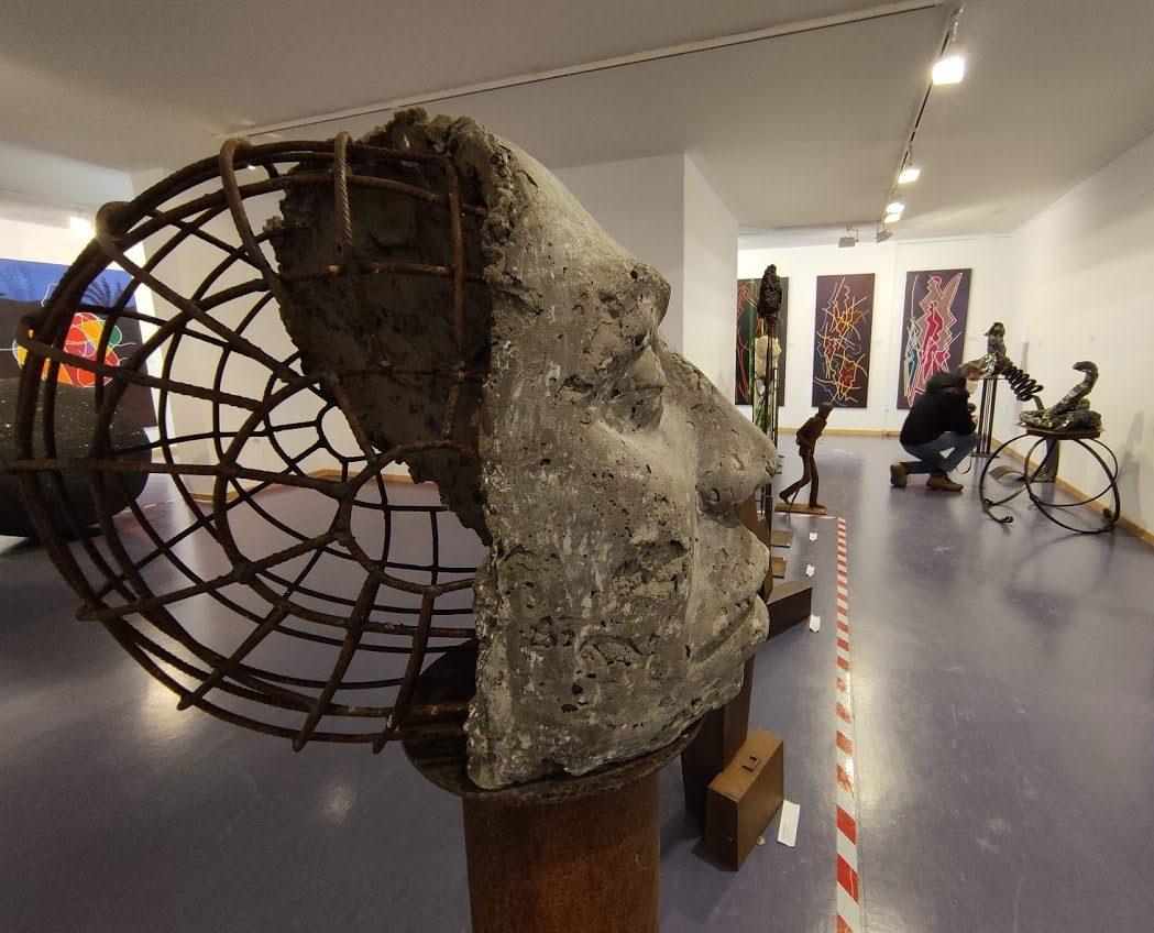 Inaugurada la exposición 'Después del silencio' en el Campus de Ponferrada 21
