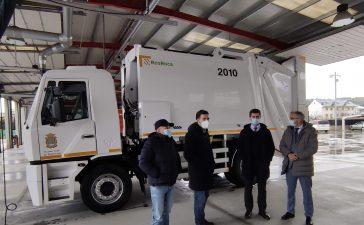 Ponferrada estrena nuevo camión de recogida de residuos 2