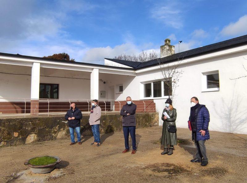 Inaugurada en Bárcena la reforma de la Casa de la Maestra que utilizará la asociación de vecinos 1