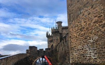La reparación del puente de acceso al Castillo de los Templarios en la recta final 2
