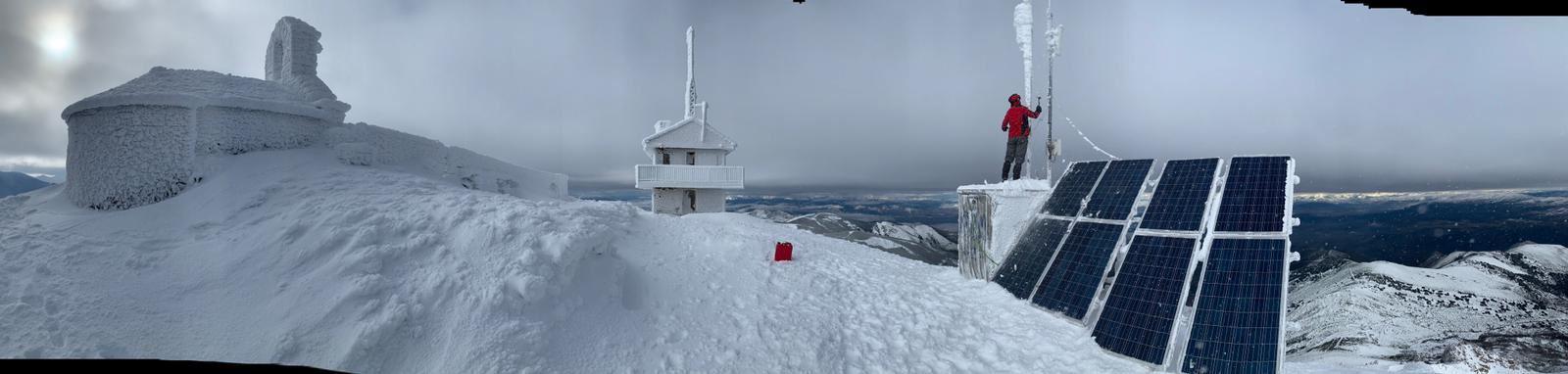 Los técnicos de Redytel nos muestran la belleza del Aquiana nevado 1