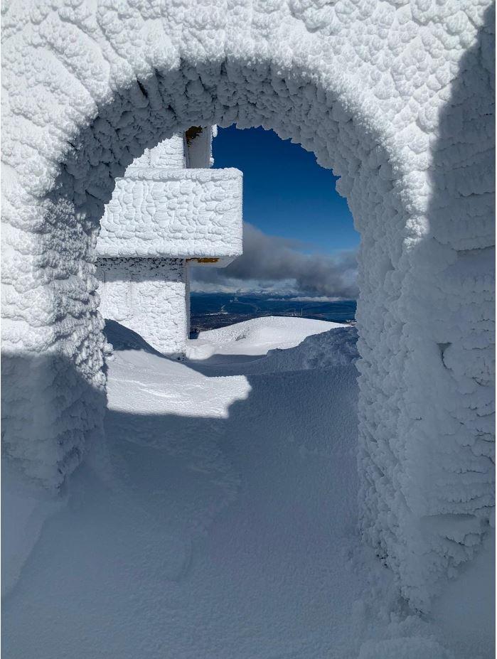 Los técnicos de Redytel nos muestran la belleza del Aquiana nevado 4