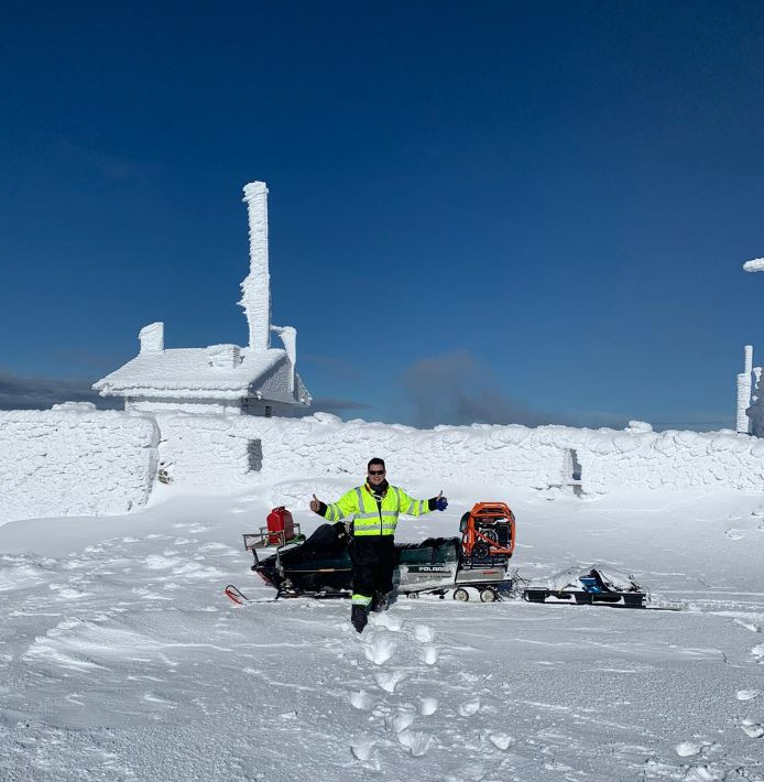 Los técnicos de Redytel nos muestran la belleza del Aquiana nevado 3