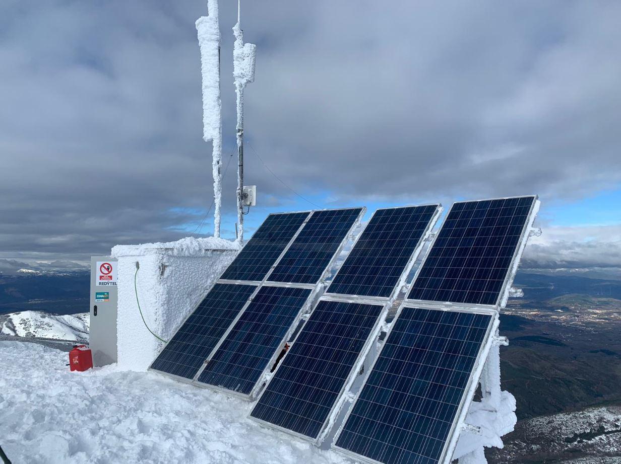 Los técnicos de Redytel nos muestran la belleza del Aquiana nevado 2