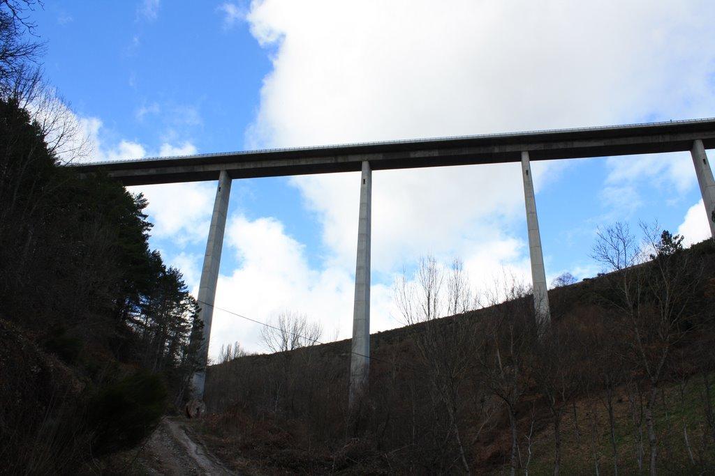 El enlace entre Galicia y el Bierzo seguirá cortado por autovía, por lo menos hasta el verano 1